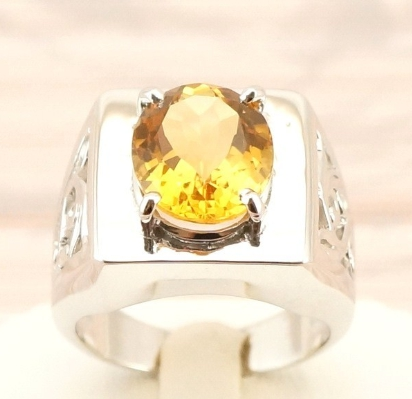 Gemstone Rings – The Glow of the Ruby 1